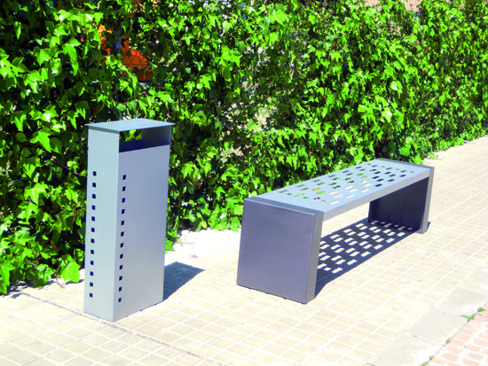 papelera-lisboa_mobiliario-urbano_forjas-estilo-espanol.jpg