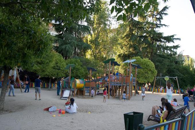 parque-berlin-zona-infantil.jpg