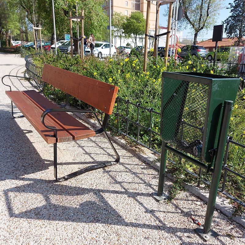 mobiliario urbano banco Madrid MU-16