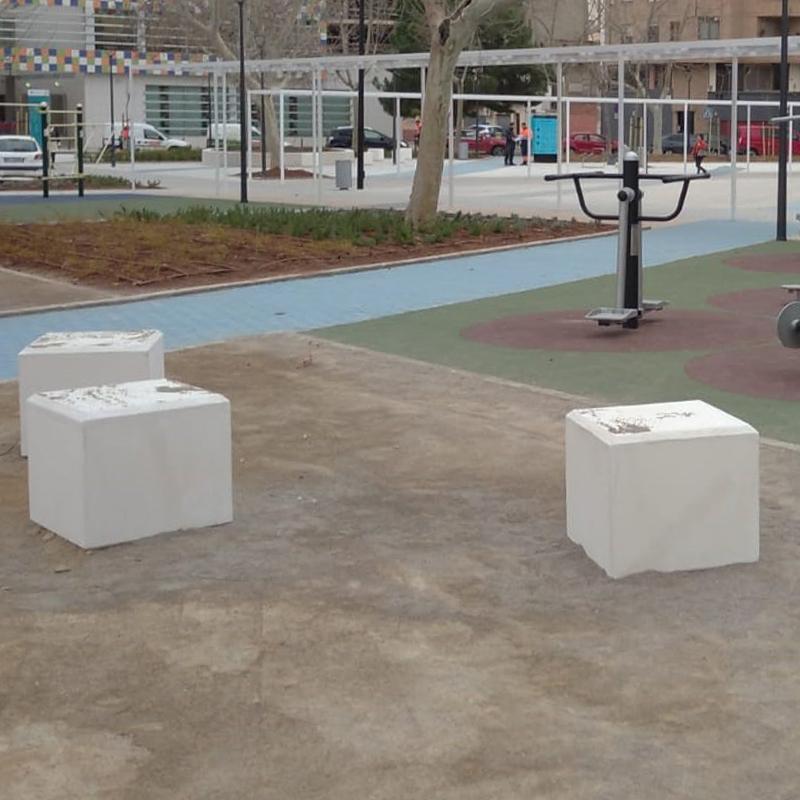 mobiliario urbano banco cube