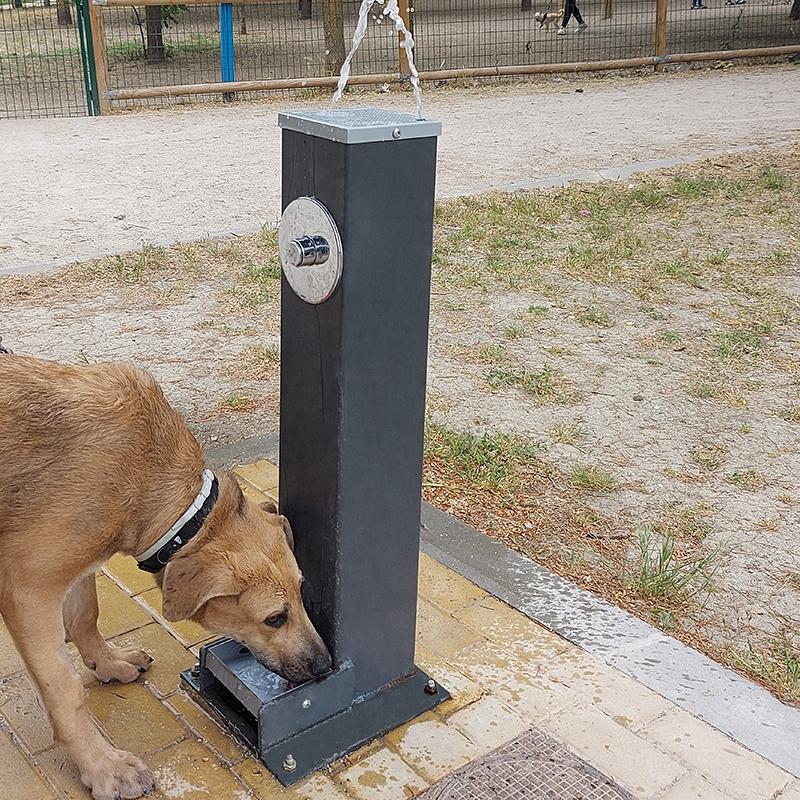 mobiliario_urbano_fuente_estela_mixta_canina (1)